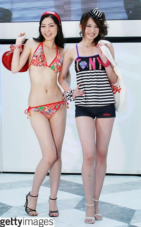 แฟชั่นชุดว่ายน้ำ สาวญี่ปุ่น