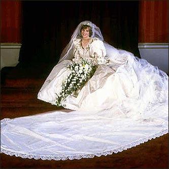 ชุดแต่งงานเจ้าหญิงไดอาน่า